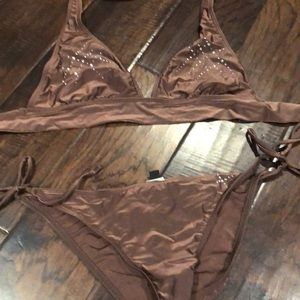 👍🏼 2 for $20👍🏼 Guess bikini -